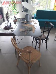 tavolo scrittoio e sedie vintage